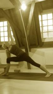 Utthita Parsvakonasana met yoga-blok